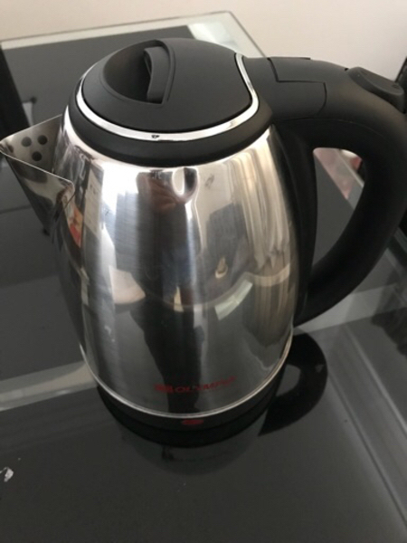 Used Brand new Electric Kettle never used in Dubai, UAE