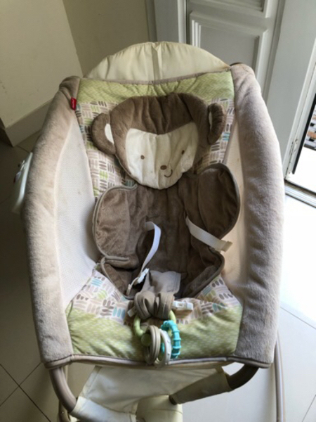 Used Baby Cradle and Rocker- Fisher Price in Dubai, UAE