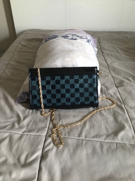 Offer : 4bags in the price of 1