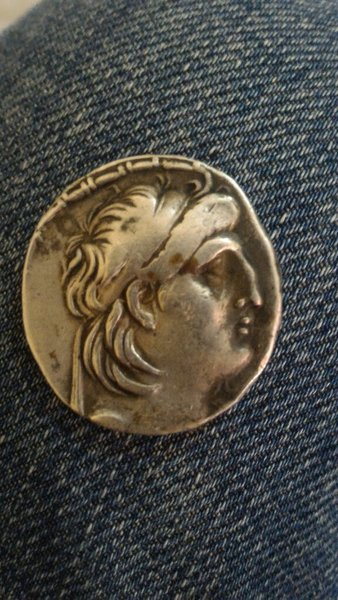 Used A silver 3000 years old coin in Dubai, UAE