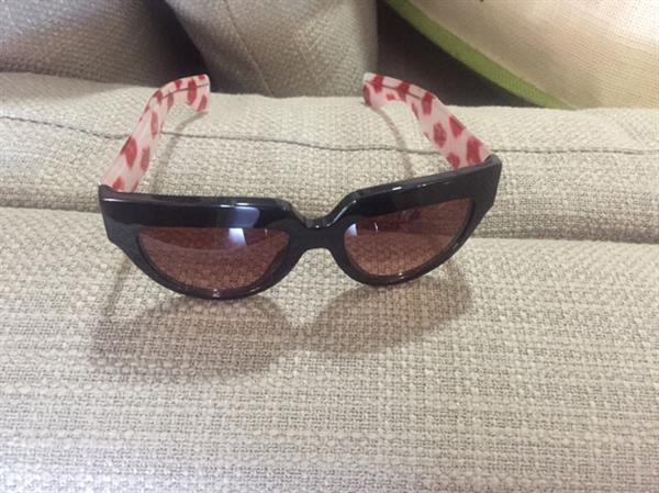 Prada Sunglasses ,used 5to 7 Times Only ,no Damage At All