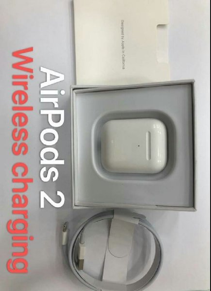 Used Airpods 2 with wireless charging case in Dubai, UAE