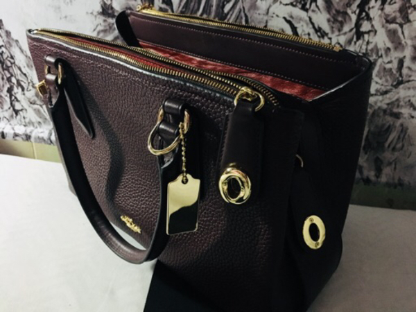 Used Coach handbag in Dubai, UAE