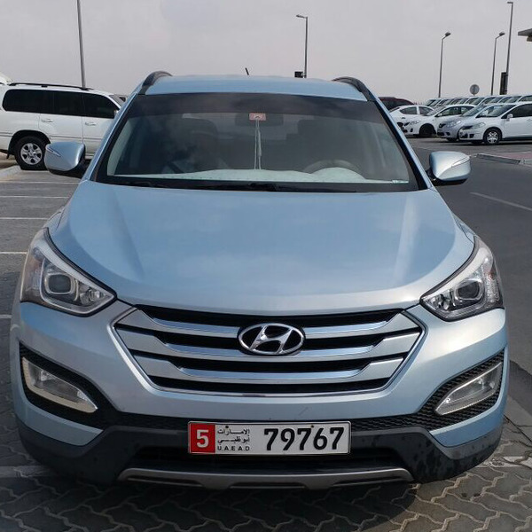 Used Sana Fe  in Dubai, UAE