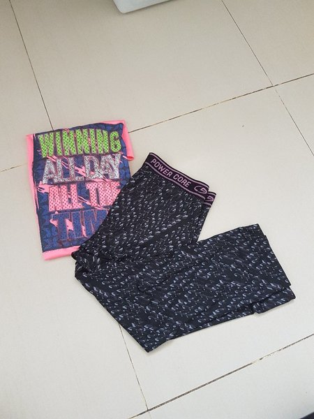 Used Swimming clothes for girls in Dubai, UAE