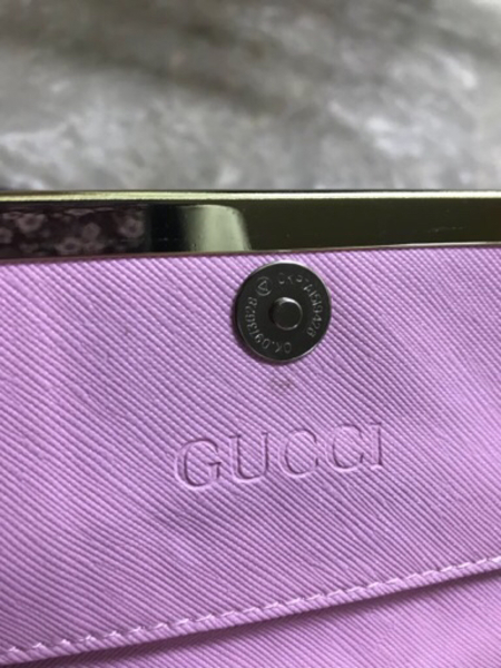 Used Gucci wallet pink limited edition in Dubai, UAE