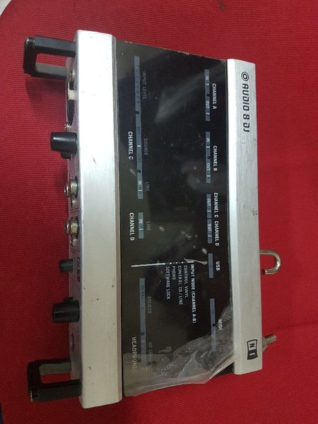 Used Native Instruments Audio 8DJ in Dubai, UAE