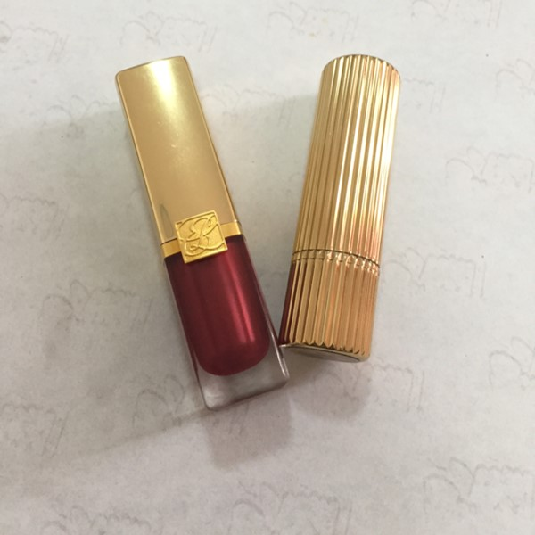 Used Estée Lauder Lipsticks 2pc in Dubai, UAE