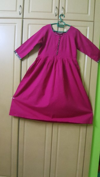 Used 2 pcs kurti for her in Dubai, UAE
