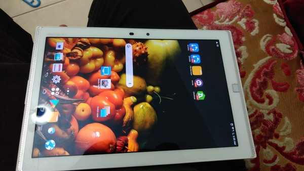 Used Japanese Fujitsu F-03G Tab 10.5QHD Scree in Dubai, UAE
