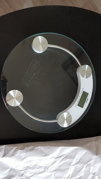 Used Weighing scale HTC in Dubai, UAE