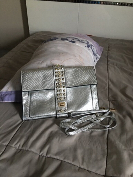 Used Offer : 3bags for the price of 1 in Dubai, UAE