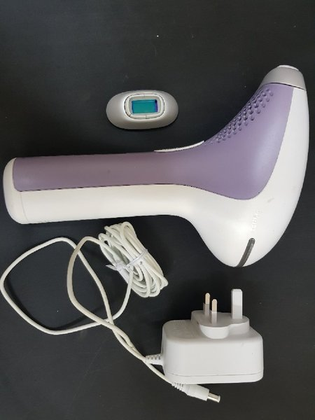 Used Philips Lumia hair removal system in Dubai, UAE