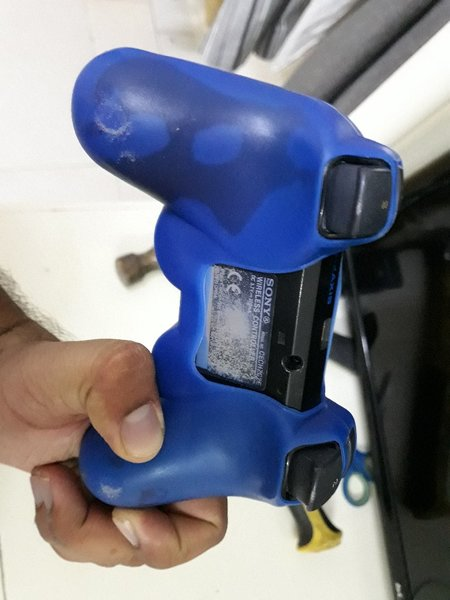Used Ps3 controller used but orginal in Dubai, UAE