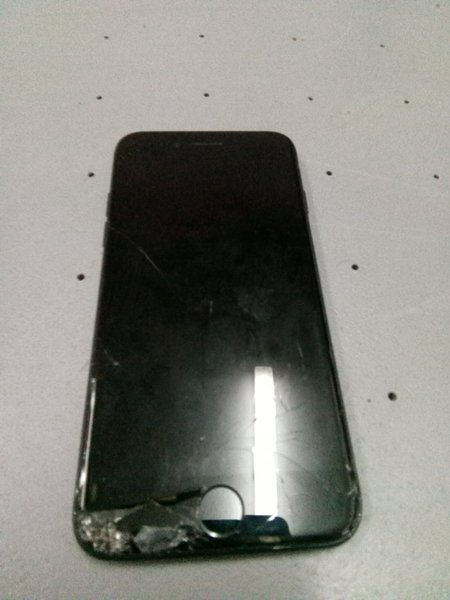 Used I phone 7 dead mobile 128 gb in Dubai, UAE