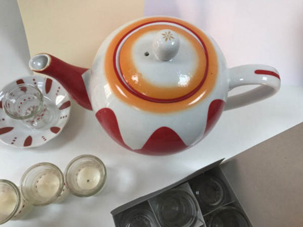 Used Traditional Style Tea Pot with Cups in Dubai, UAE