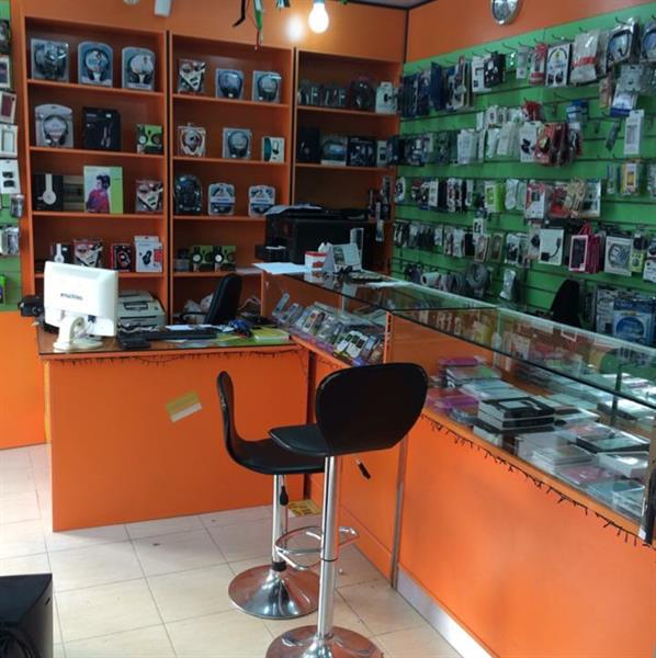 Used 4 Showcases With Office Table Ans 2 Office Chairs in Dubai, UAE