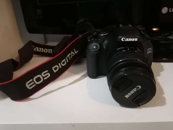 Used canon eos 600D in Dubai, UAE