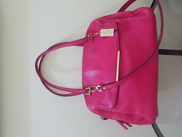 Used Authentic Coach Bag (slightly used) in Dubai, UAE