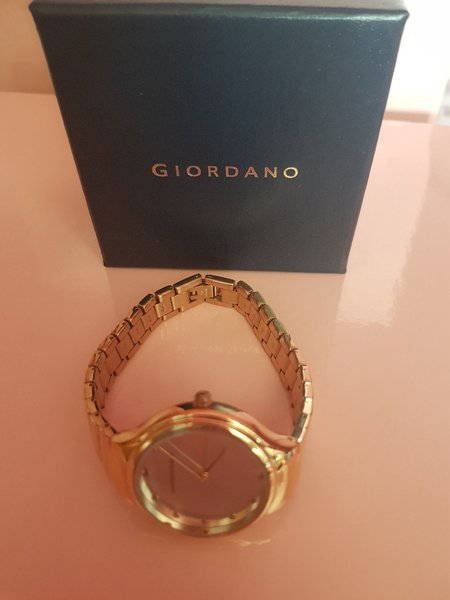 Used Giordano Women's Watch - rose gold in Dubai, UAE
