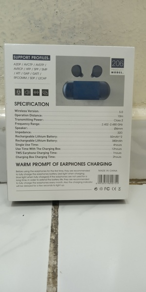 Used Bose HIFI 206 copy ,Blue , black, white in Dubai, UAE