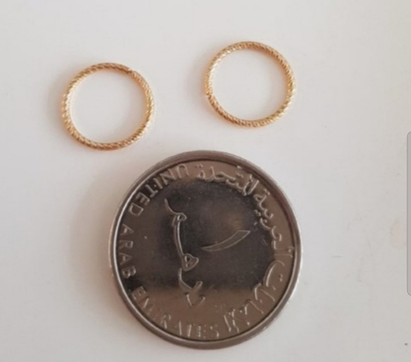 Used Real 10k gold earrings small hoops in Dubai, UAE