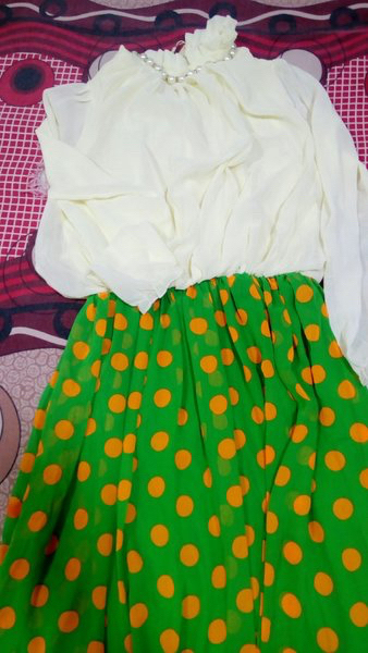 Used Long mexi dress. New in Dubai, UAE