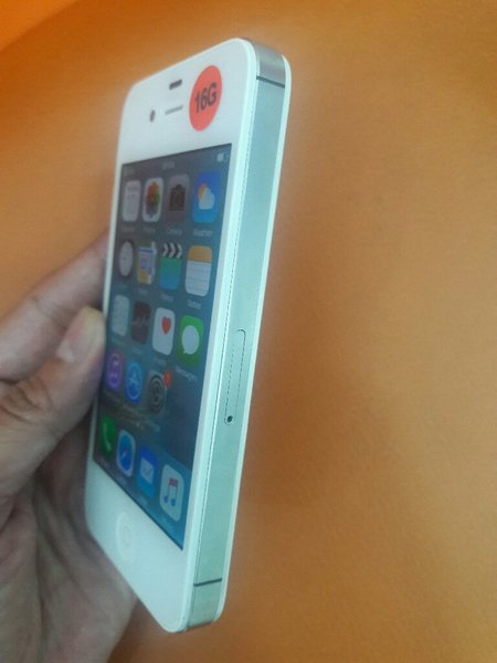 iPhone 4s 16GB (Used) LIKE NEW MOBILE !
