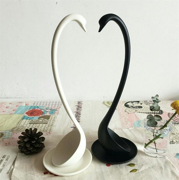 Used Swan Shape Soup Spoon With Plate Pair One White N One Black in Dubai, UAE