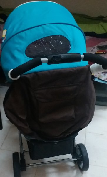 Used High quality baby Stroller and carseat in Dubai, UAE