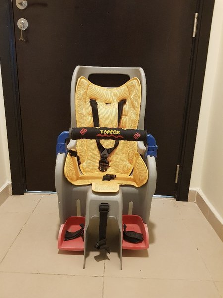 Used Child cycle seat in Dubai, UAE