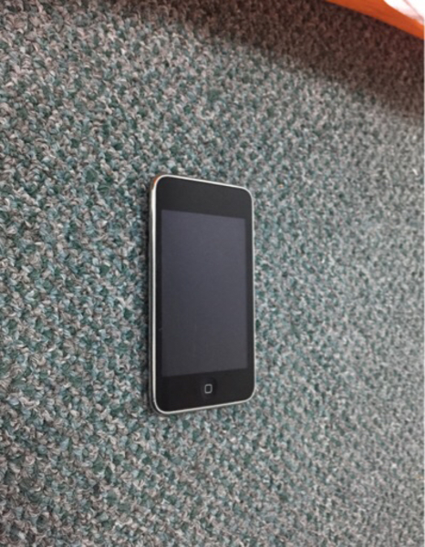 Used iPod Touch (not turning on) in Dubai, UAE