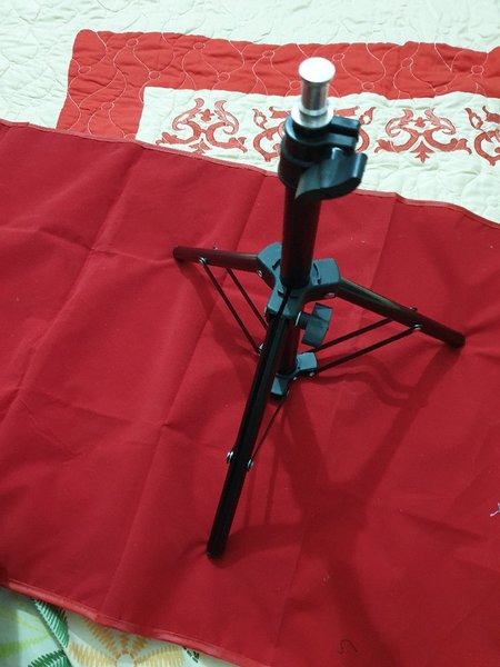 Used Tripod in Dubai, UAE