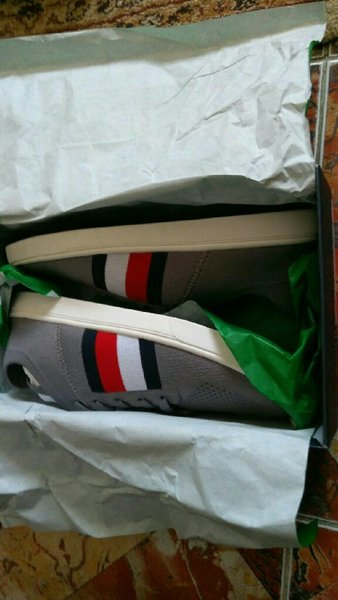 Used Tommy hilfiger casuals original new in Dubai, UAE