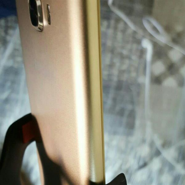 Used 1 Month Use Good Condition  U S A Virsion Very Good Condition  in Dubai, UAE