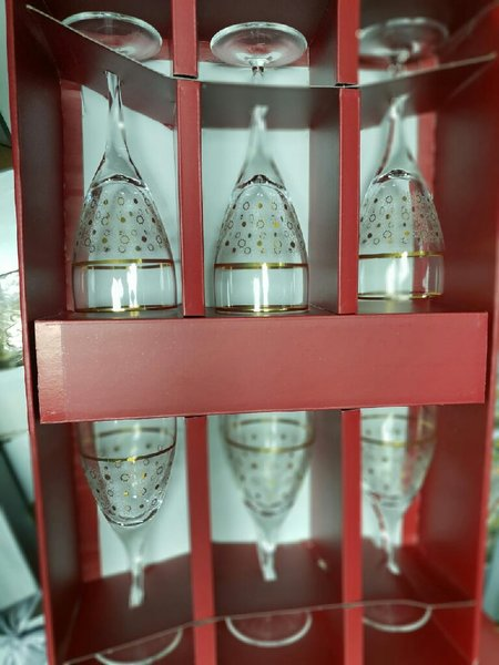 Used 6 glass cups in Dubai, UAE