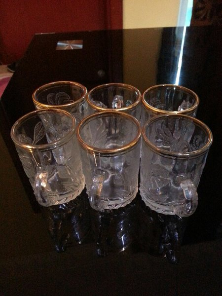 Used 6 pcs mini ARAB tea/cofee glass cups in Dubai, UAE