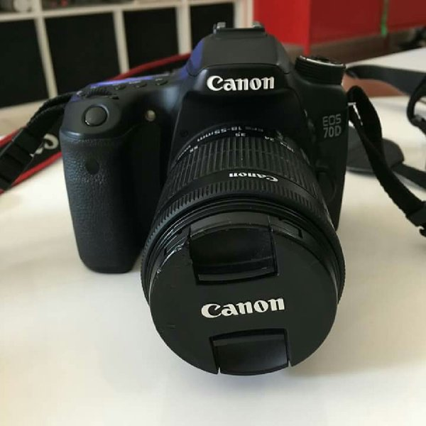 Used Canon EOS 70D + 18-55mm Lens kit + bag in Dubai, UAE