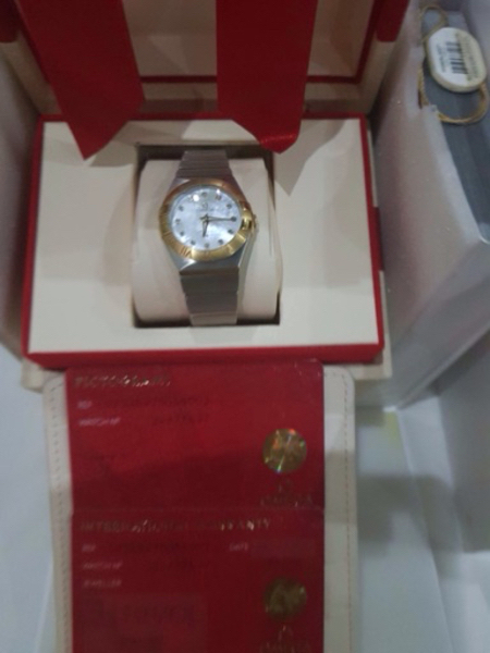 Used Watch omega original for ladies  in Dubai, UAE