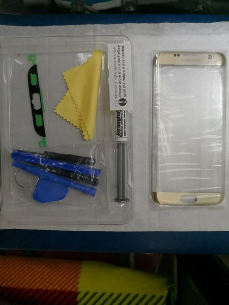 Used Galaxy s7 edge glass - For Broken Screen in Dubai, UAE