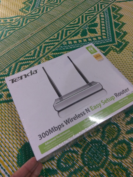 Used 300mbps Router new box packed in Dubai, UAE