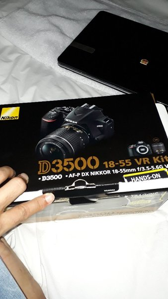 Used Offer! Nikon D3500,Get Free D3100 BODY in Dubai, UAE