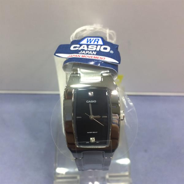 Used Casio Ladies Watch Original With Box  in Dubai, UAE