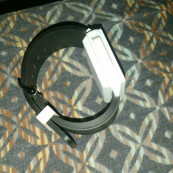 Used Xtouch Mobile Watch With Bluetooth Headphone Memory Card Slot Up To 32gb in Dubai, UAE