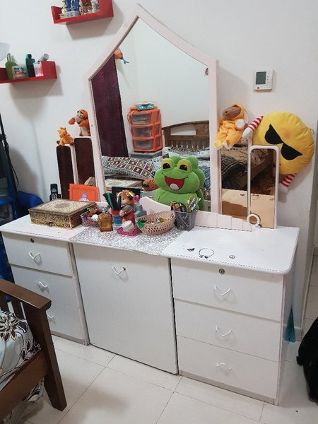 Used Dressing table with stool in Dubai, UAE