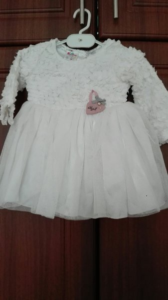 Used White Frock For Baby Girls with Net in Dubai, UAE