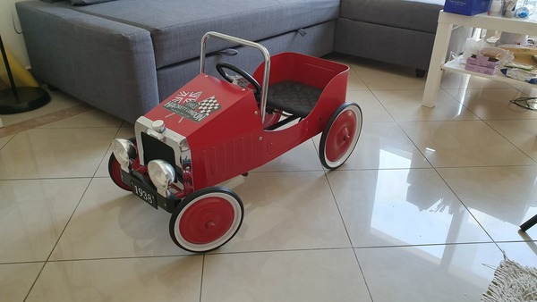 Used Kids old fashion car - Hackett London in Dubai, UAE
