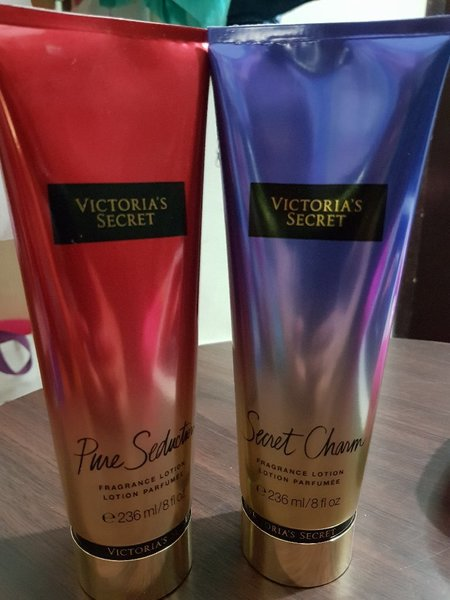 Used Victoria Secret Body Lotion 2pcs in Dubai, UAE