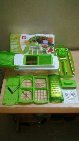 Used Vegetable Cutter Full Set in Dubai, UAE