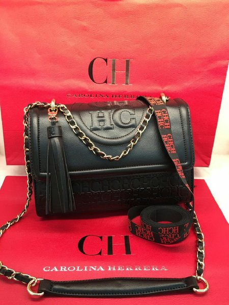 Used Carolina Herrera Shoulder Bag in Dubai, UAE